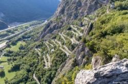 massage cyclistes, vélos, col du chaussy par les lacets de Montvernier, sport, nature